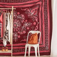 NEW URBAN OUTFITTERS MAGICAL THINKING SASHA BATIK TAPESTRY 84 X 100