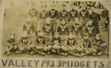 FOOTBALL, 1923 TEAM PHOTO, VALLEY MIDGETS. SILVER PRINT.