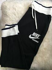 nike sportswear rally sweatshirt dark loden white