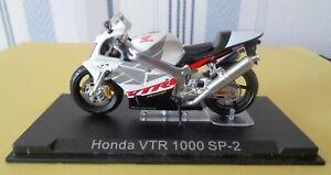 Moto Honda VTR 1000 SP 2     réf 463