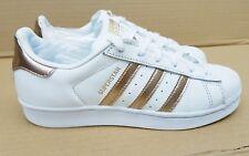 plqo Fleur Chaussure Femme D Adidas Superstar qcA435RjL