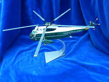JOUET / Toy - HELICOPTERE / Helicopter - CORGI - SIKORSKY VH-3D. AA33403 - TOP !