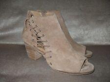 Lucky Brand Women's Hartlee Dress Sandal. Sz 9.5M. 2.75 in heel.  Brown Leather