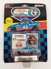 COURSE CHAMPIONS RICHARD PETTY #43 NASCAR moulé voiture MOC 1992