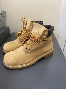 Timberland Womens Boots Size UK 2