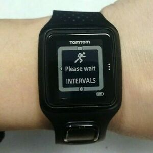 TomTom Runner GPS Watch 8RS00 Used In good Condition