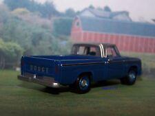 1966 66 DODGE D-100 FLEETSIDE LONGBED FARM PICKUP TRUCK MODEL - 1/64 DIORAMA