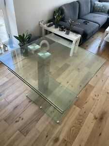 RRP£995 DWELL ENZO Square Extendable Glass dining table