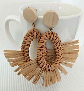 Oval Shape Brown Raffia/Tassel/Boho/Rattan/Straw Stud/Drop Earrings *NEW*