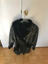 WOMENS ITALIAN SHEARLING BLACK COLOR SIZE 10 GREAT CONDITION