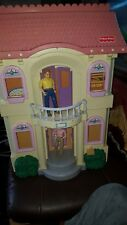 1999 Vintage FISHER PRICE #4649 LOVING FAMILY DOLL HOUSE + FURNITURE + DOLLS