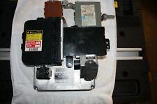 2004 Toyota 4Runner V6 Engine Control Module Plus 6 Other Sensors/Modules/Comp