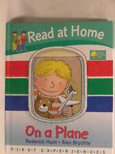 Read at Home: First Experiences: On A Plane, Roderick Hunt, Annemarie Young, New