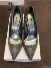 Silver glitter Court Shoe Nuevo Tamaño 5