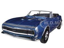 1967 CHEVROLET CAMARO SS CONVERTIBLE BLUE 1/24 MODEL CAR BY MOTORMAX 73301