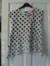 WHITE AND NAVY BLUE TOP, AGED 10-11