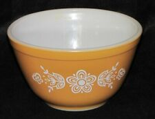 Vintage Pyrex Butterfly Gold Yellow Mixing Nesting Bowl 1 1/2 pt #401