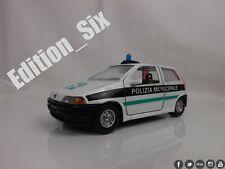 Burago 1:24 1999 FIAT PUNTO MK1 Italian Police car