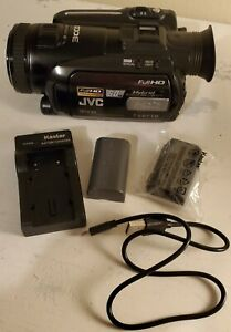 JVC Everio Model GZ-HD7U (60 GB) Flash Media Hard Drive Camcorder Full HD Hybrid