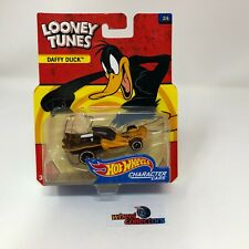 Daffy Duck * Looney Tunes Character Cars Hot Wheels * T4