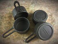 4 Mini casseroles anciennes en fonte «CASTIRONE FRANCE»