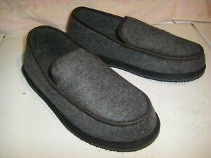 LL Bean  Slippers  Men's  Size 10M