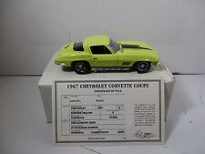 1/24 SCALE DANBURY MINT SUNFIRE YELLOW 1967 CORVETTE COUPE