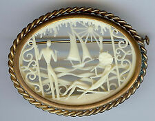 VINTAGE DEPOSE FRANCE DETAILED CELLULOID & BRASS FRENCH RIVIERA SCENE PIN