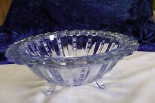 Hübsche Schale Pressglas blau auf Füßchen 40er Jahre