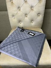 Authentic GUCCI scarf shawl GG Guccissima 140x140 cm wool silk BNWT Pearl Grey