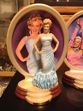 THE BRADFORD EXCHANGE Marilyn Monroe Collectible Plate/3D Figurine: Show Stopper