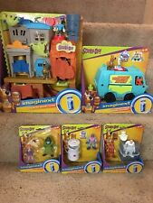 IMAGINEXT SCOOBY DOO HAUNTED GHOST TOWN PLAYSET, MYSTERY MACHINE, & FIGURES LOT