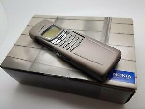 Boxed VGC Nokia 8910 - Natural Titanium (Unlocked) Mobile Phone Matching IMEI