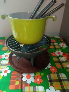 Service à fondue en fonte  Le Creuset vert vintage  6 fourchettes