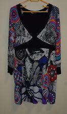 Jolie Robe  « LESTHERParis» taille 3 ( 40-42) multicolores