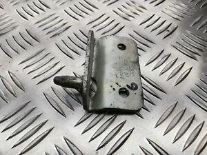 D1 Mercedes-Benz sprinter Sliding Door Striker Lock A9067600077