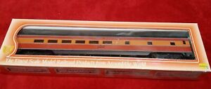 IHC Premier HO #48252 Smooth Side P.S. - DINING CAR Southern Pacific Daylight