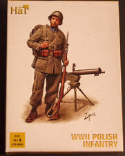 Hat 1:72 scale WWII Polish Infantry model plastic figures