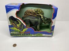 Resaurus Carnage Poseable Action Dinosaur protoceratops Misb 2002