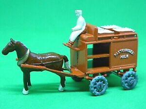Matchbox Lesney No.7a Horse Drawn Milk Float (VERY GOOD CONDITION)