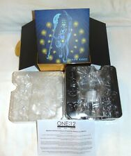 Mezco One:12 BARON BENDS – COLLECTOR BOX WITH PLASTIC INSERTS No Figure