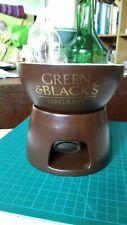 Green and blacks cocolate fondue