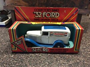 ERTL Collectors Banks '32 Ford Panel Delivery Truck - Unused