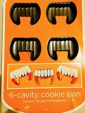 NEW! Wilton FANGS NonStick 6 Cavity COOKIE PAN Halloween BAKEWARE Baking Sheet