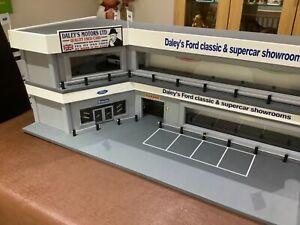 Large 1/43 garage diorama total one off !!!