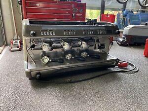 La Cimbali M39 Siebträgermaschine, 2 Brühgruppen Espressomaschine