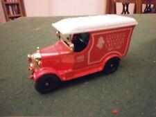 Oxford Diecast Morris Bull Nose Van with Saffron Walden Laundry Decals