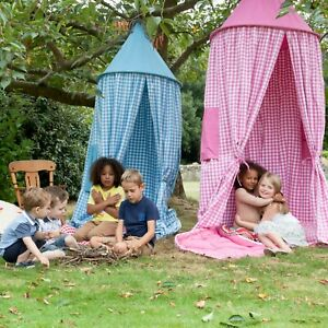 Win Green - Green Gingham Hanging Tent with windows