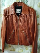 Mens Leather Jacket Size 40, with zip out liner.