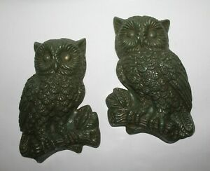 "2 Vintage Green Owl Art Decor Wall Hanger Plaques  8"" tall"
